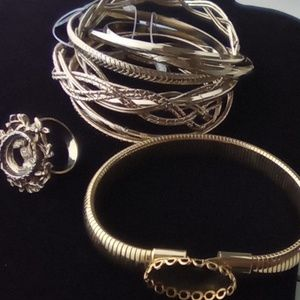 NWT Gold Bangles & Ring to place a Cabachon.